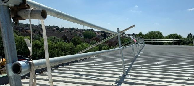 Industrial scaffolding edge protection