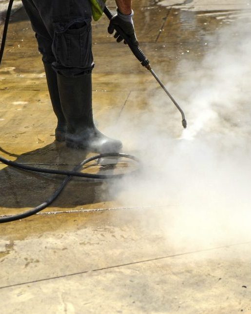 Industrial cleaning high pressure steam cleaning