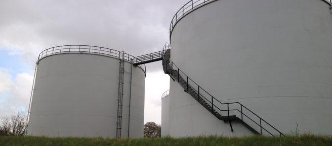 Industrial coatings storage tanks